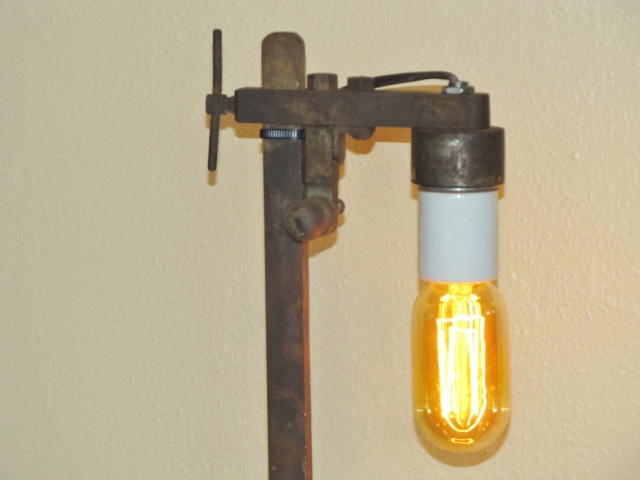 bottle cap lamp 008